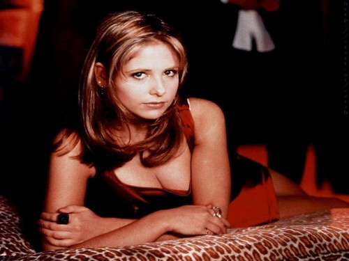 Sarah Michelle Gellar wallpaper entitled Sarah