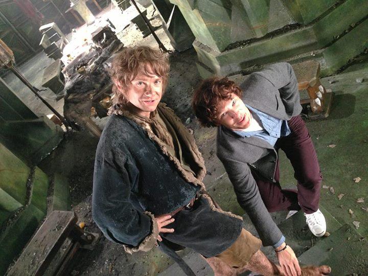 Smaug admires Bilbo's feet