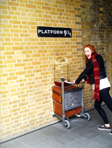 Sophie on her way to Hogwarts ツ