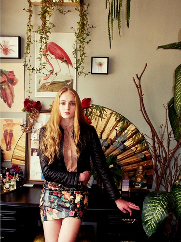 Sophie Turner 【Nylon; Sep 2012】