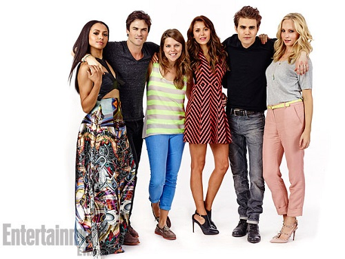 Vampire Diaries karatasi la kupamba ukuta called TVD and The Originals Cast at SDCC 2013