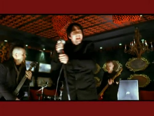 Three Days Grace - Animal I Have Become {Music Video}