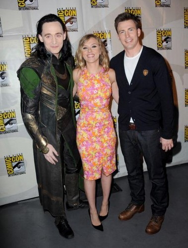 Tom, Chris and Scarlett at the SDCC