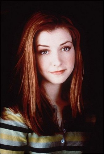 Willow Rosenberg Hintergrund with a portrait titled Willow Rosenberg