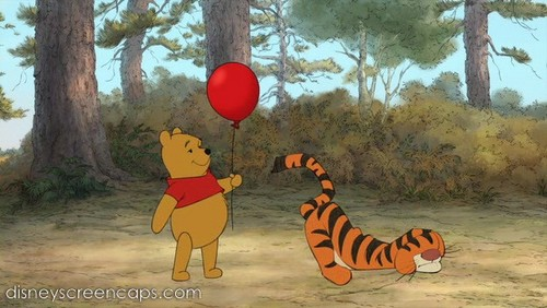 विनी द पू वॉलपेपर probably with a meteorological balloon entitled Winnie the Pooh 2011