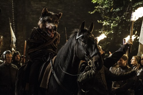 House Stark 바탕화면 with a lippizan, a horse trail, and a horse wrangler entitled robb