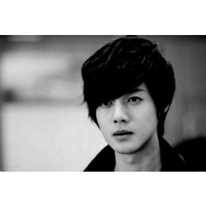 ♦ Kim Hyun Joong ♦