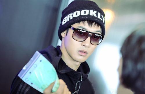 Kim Hyun Joong wallpaper containing sunglasses entitled ♦ Kim Hyun Joong ♦