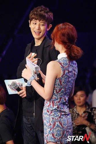 EXO's Chanyeol and f(x)'s Sulli13.08.01 EXO @ Mnet M!Countdown