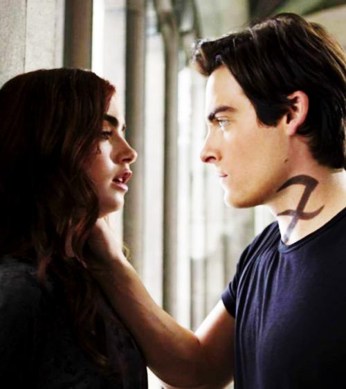 'The Mortal Instruments: City of Bones' Alec and Clary still