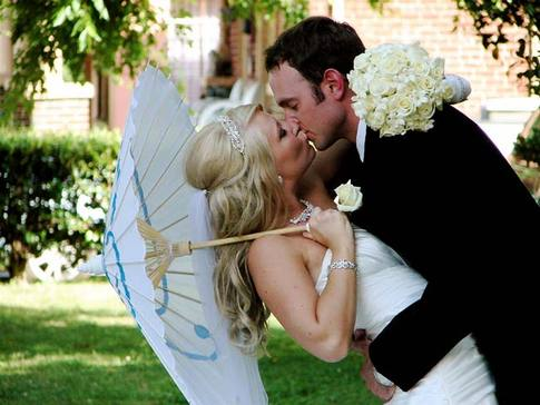 Kissing images wedding kisses wallpaper and background kissing images wedding kisses wallpaper and background photos junglespirit Image collections