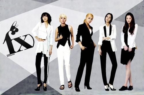 F(x) wallpaper containing a business suit and a well dressed person entitled ☆ f(x) ☆