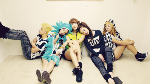 F(x) wallpaper possibly with a hip boot entitled ☆ f(x) ☆