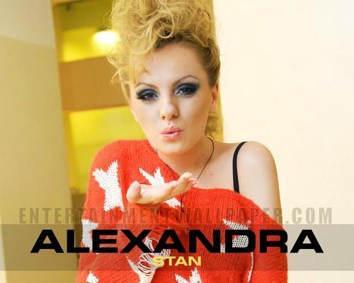 Alexandra <3