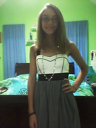 Callie/Allie/ I cleans up nicely c: