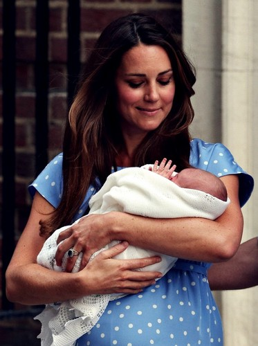 Duke and Duchess of Cambridge and their baby. <3