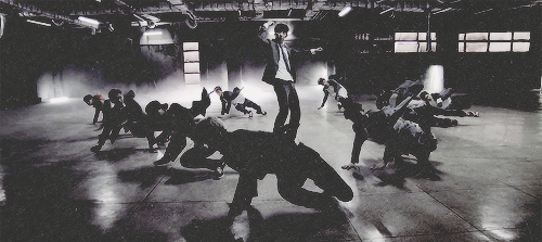 EXO - Growl Teaser