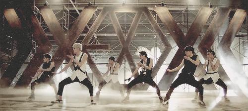 EXO - Growl Teaser