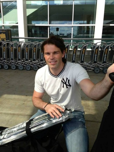 Jagr look incredibly young !