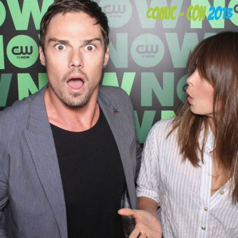 Beauty and the Beast (CW) wallpaper probably containing a portrait entitled Kristin Kreuk & Jay Ryan [Comic Con 2013]