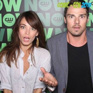 Beauty and the Beast (CW) wallpaper containing a portrait called Kristin Kreuk & Jay Ryan [Comic Con 2013]
