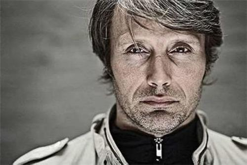 Мадс Миккельсен Обои possibly with a portrait entitled Mads Mikkelsen