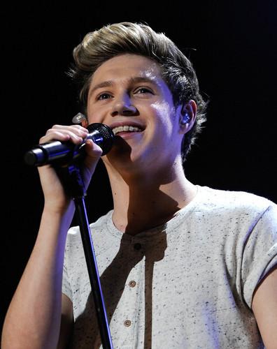 Niall<3<3