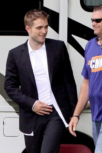 Robert on set of Maps to the Stars