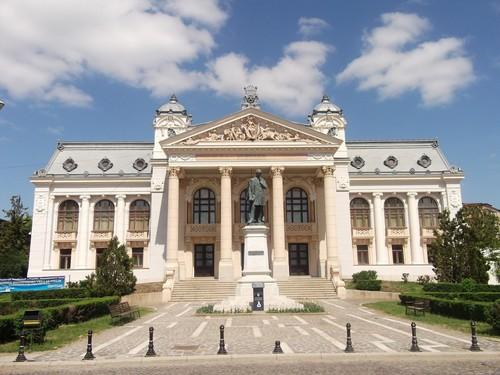 Teatrul National Vasile Alecsandri Iasi Romania cities