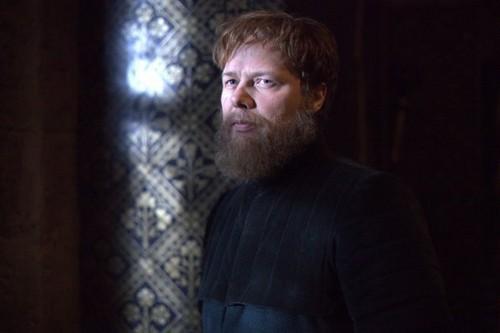 S01E08: LONG LIVE THE KING