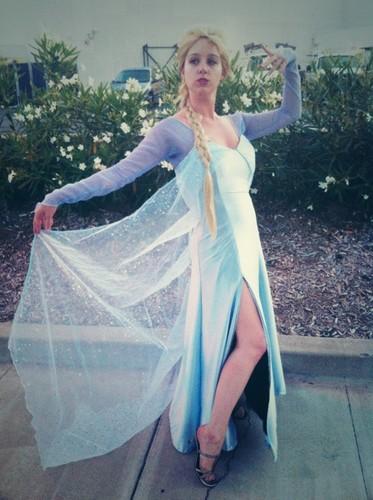 SDCC 2013 Elsa cosplay