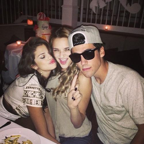 Selena celebrating her 21st birthday