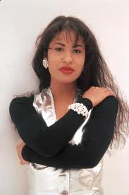 Selena Quintanilla-Pérez wallpaper containing a portrait titled Selena