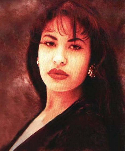 Selena Quintanilla-Pérez wallpaper probably with a portrait entitled Selena