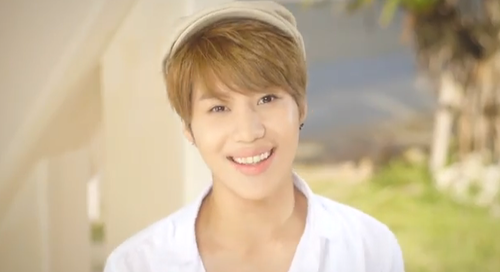 Taemin in Boys Meet U 音乐 Video