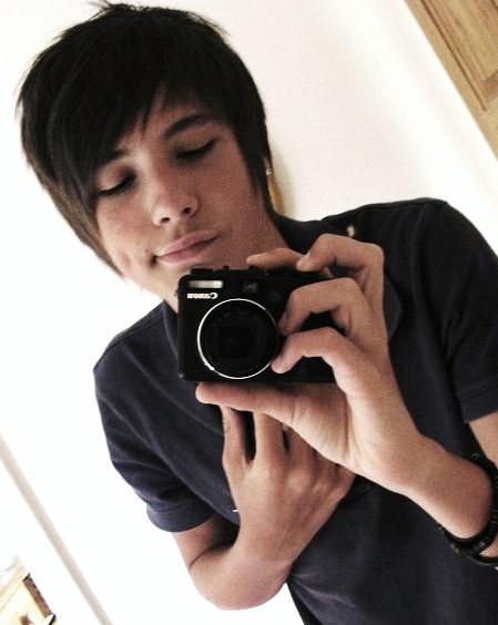 Young Dan<3