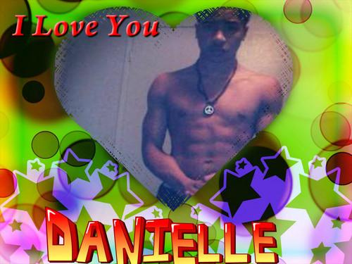 i प्यार danielle