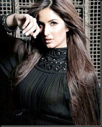 Katrina Kaif karatasi la kupamba ukuta probably with a well dressed person and a portrait called katy