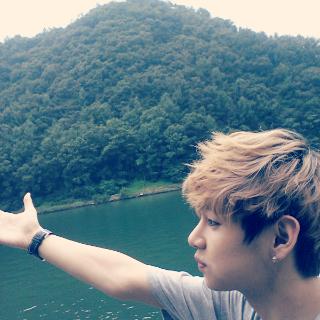 ☆ Kim Taehyung / V ☆