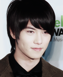 -Lee-Jong-Hyun-cn-blue-code-name-blue-35