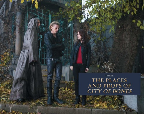'The Mortal Instruments: City of Bones' official illustrated companion 사진