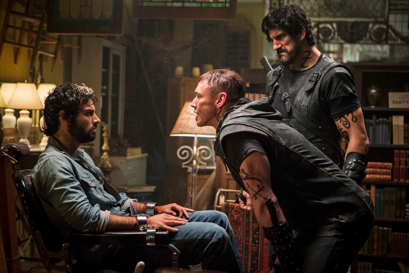 luke garroway images 'the mortal instruments: city of bones' still