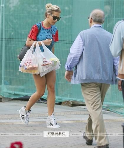 08/08 - Shopping in London