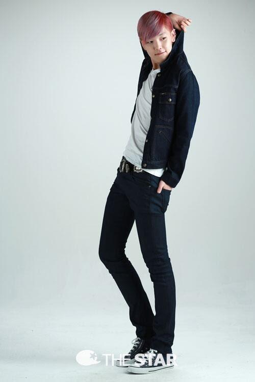 B.A.P's maknae Zelo Poses for The étoile, star Korea