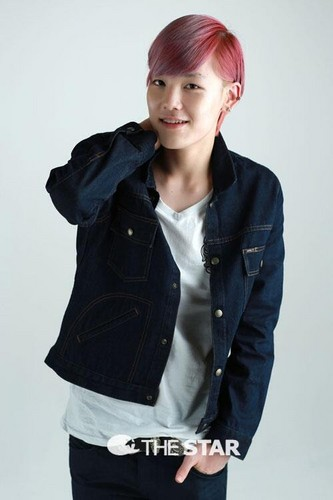 B.A.P's maknae Zelo Poses for The 星, 星级 Korea