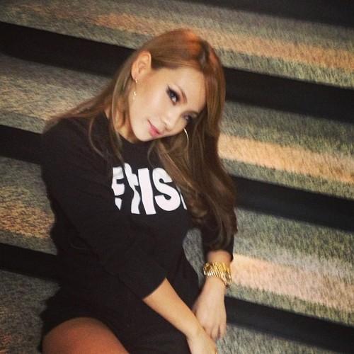 CL's Instagram picha