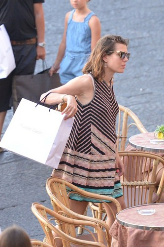 샬럿, 샬 롯 Casiraghi of Monaco is pregnant