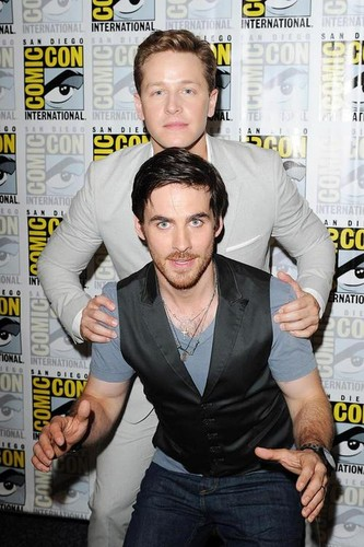 Colin O'Donoghue wallpaper probably with a newspaper, a sign, and animê entitled Colin O'Donoghue and Josh Dallas at Comic Con