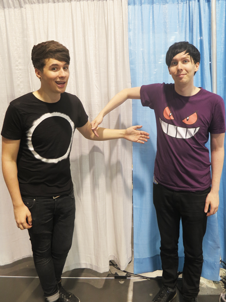 Dan Howell Bilder Danisnotonfire And Phil Hd Hintergrund And