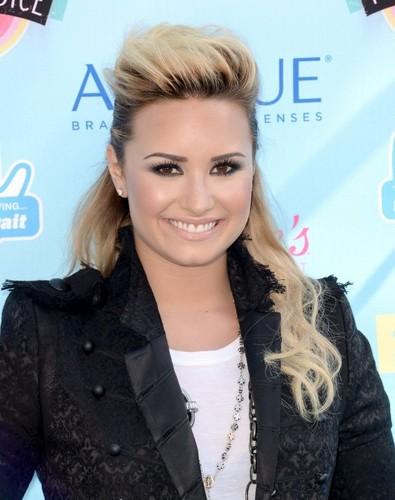 Demi at Teen Choice Awards 2013